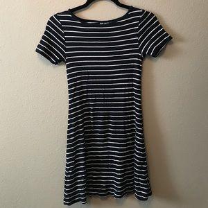 H&M Size Small Navy/White T-Shirt Dress